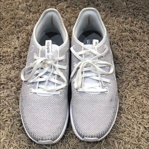 Adidas tennis shoes size 10.